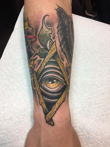 tattoos/ - Alley seeing eye thingy - 132748