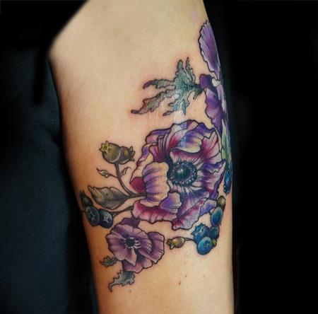 Food - vintage anemone flower and blueberries tattoo