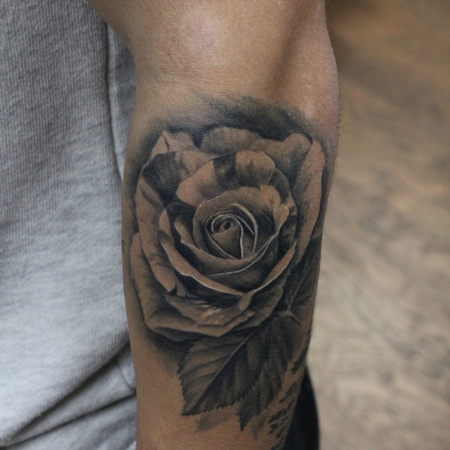 Realistic - Rose Bud with leaves (Healed)