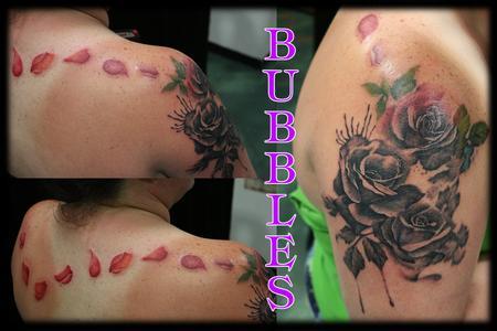 tattoos/ - RosesWPetalsAcrossBack_TattooByBubbles - 132832