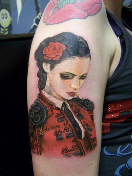 tattoos/ - Viveros - Bull Fight Her - 92183