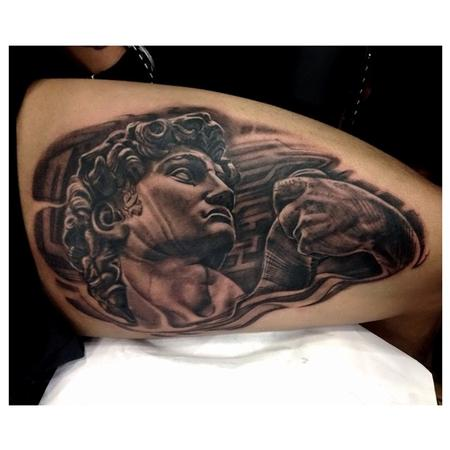 tattoos/ - untitled - 100029