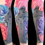 Celtic cross and roses Tattoo Design Thumbnail