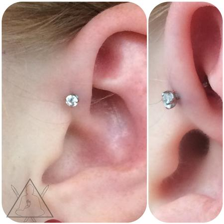 Tattoos - Forward helix piercing - 100872