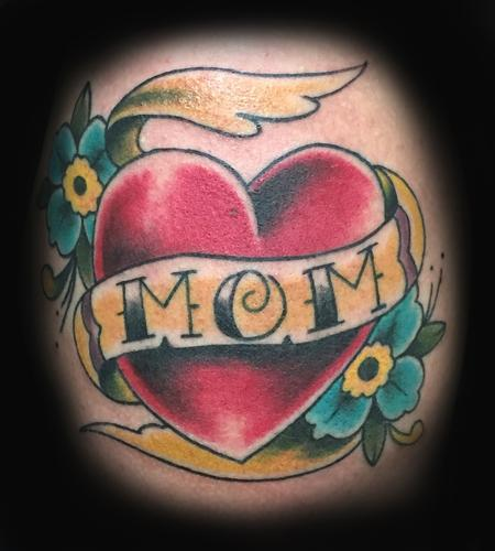 Traditional Old School - heart mom
