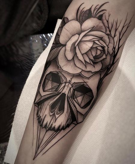 tattoos/ - Blackwork Skull & Rose - 132918