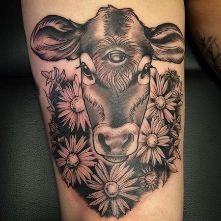 tattoos/ - 3 eyed calf - 115422