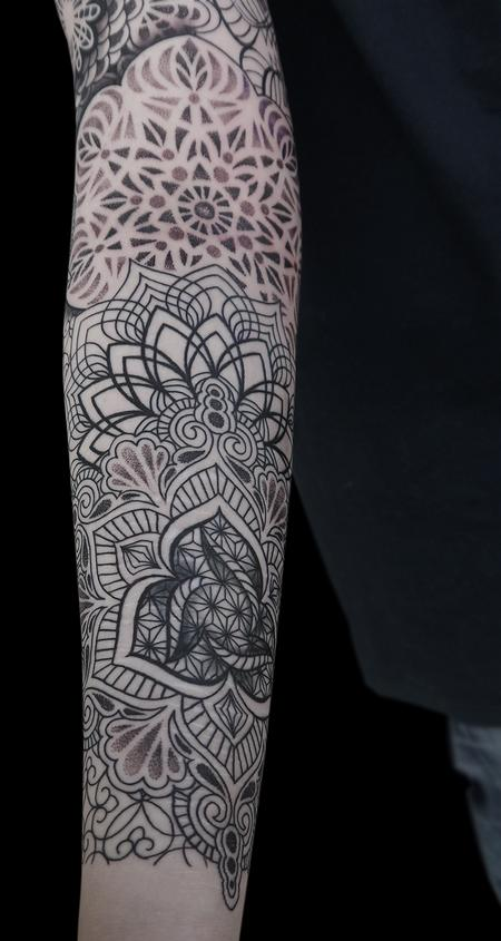 tattoos/ - dotwork linework mandala tattoo  done on the 4th day at Off the Map, Cervignano del Fruili , Italy - 122253
