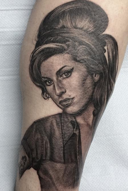 tattoos/ - Amy Winehouse portrait - 114448