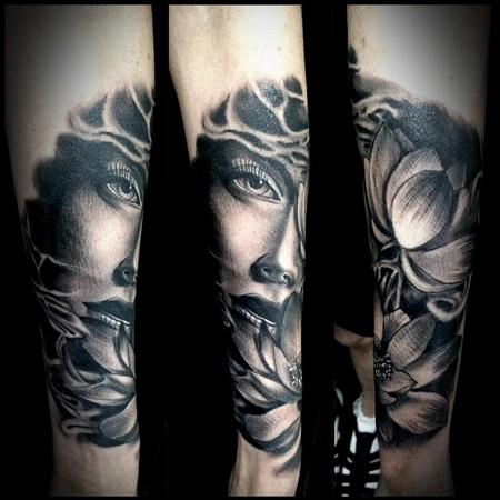 tattoos/ - many faces  - 114604