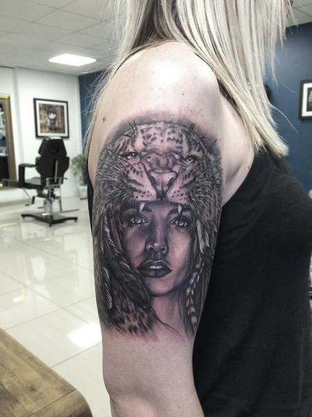 Feminine - Portrait tattoo