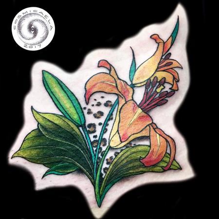 Art Nouveau - Lily Cover-up
