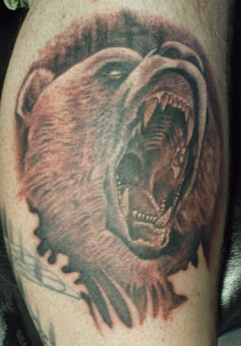 Traditional grizzly bear tattoo - photo#13