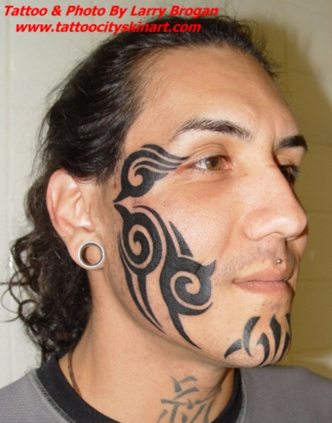 Though some are fairly universal, such as a teardrop tattooed near the eye