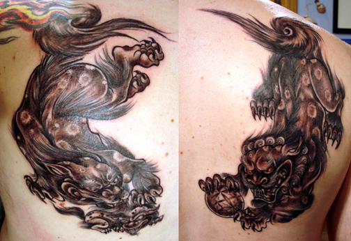 Japanese Fu Dog Tattoo http://www.tattooconventionsnow.com/Tattoos/Traditional_Japanese_tattoos/tattoos_11944.html
